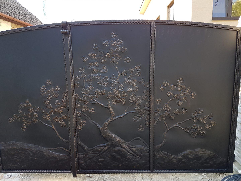Helius.sk - kovaná brána plná - R17