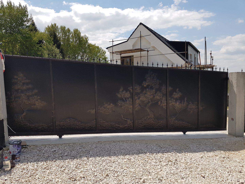 Helius.sk - kovaná brána plná - R11