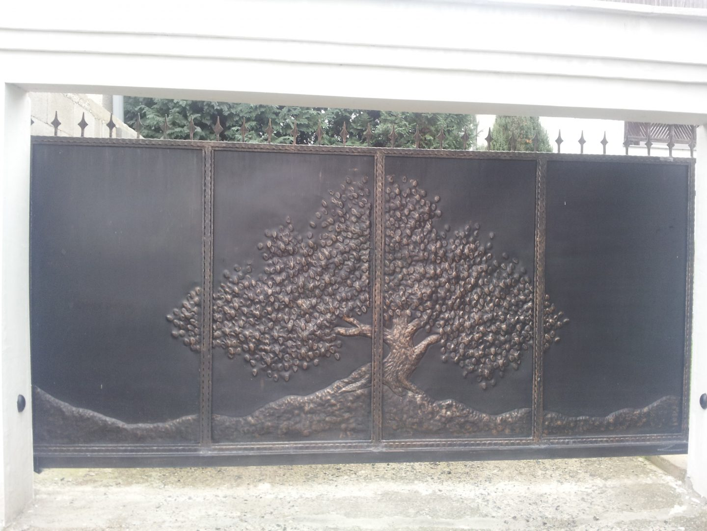 Helius.sk - kovaná brána plná - R40
