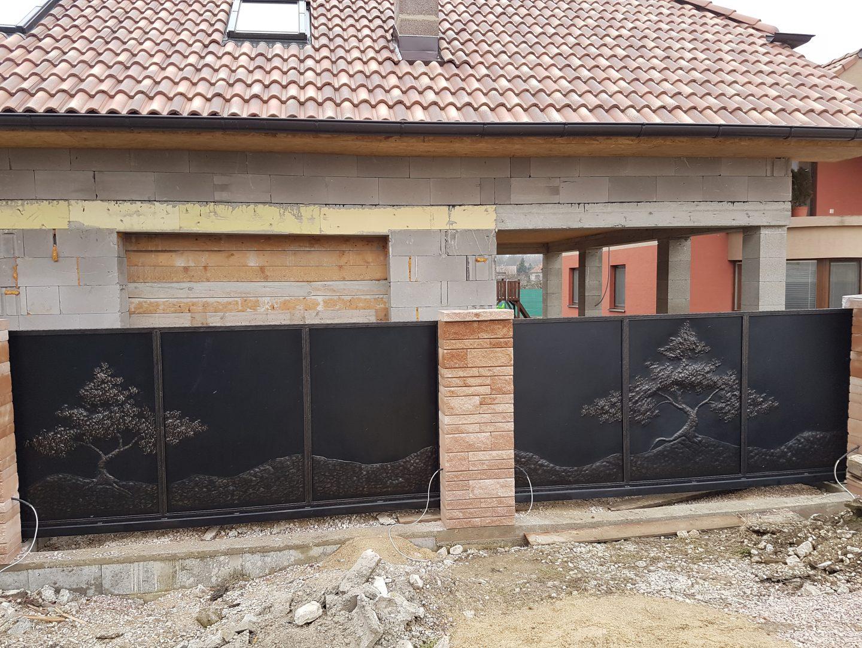 Helius.sk - kovaná brána plná - R49