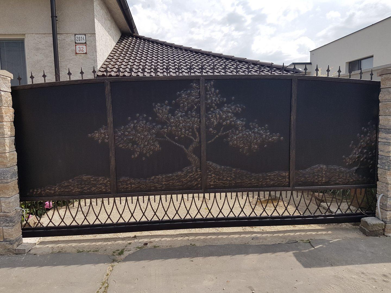 Helius.sk - kovaná brána plná - R22