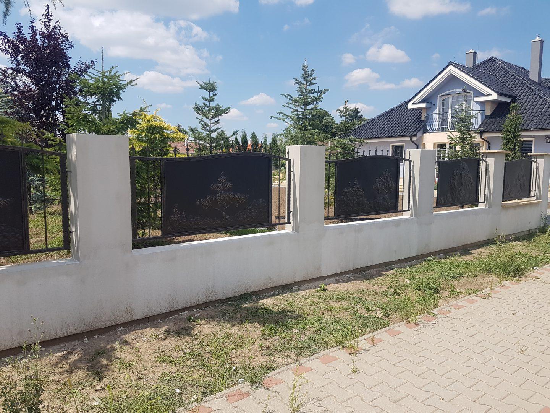 Helius.sk - kovaná brána plná - R27