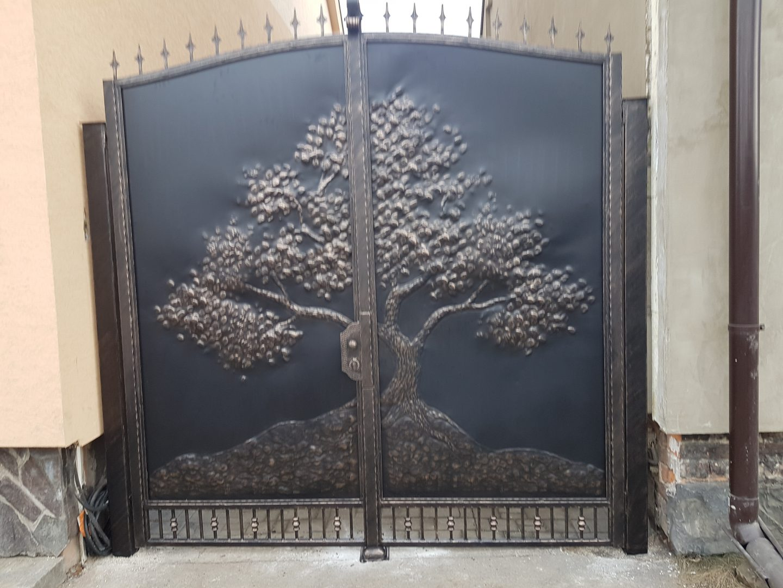 Helius.sk - kovaná brána plná - R56