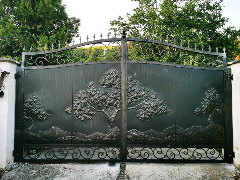 Helius.sk - kovaná brána plná - R60