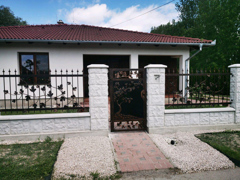 Helius.sk - kovaná brána plná - R74