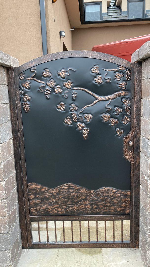 Helius.sk - kovaná brána plná - R90