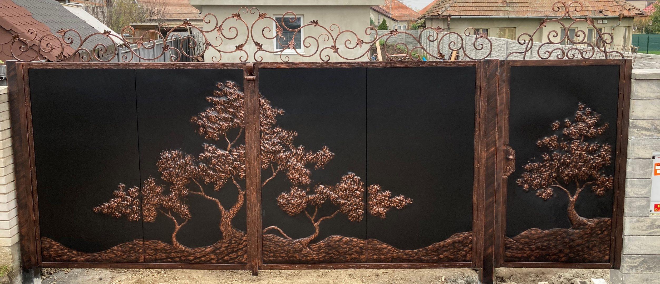 Helius.sk - kovaná brána plná - R89